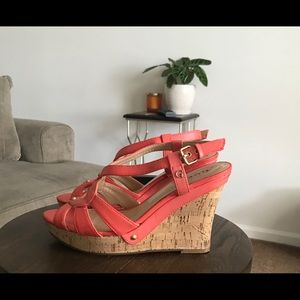 🔹Guess Sandal Wedges Size 8🔹